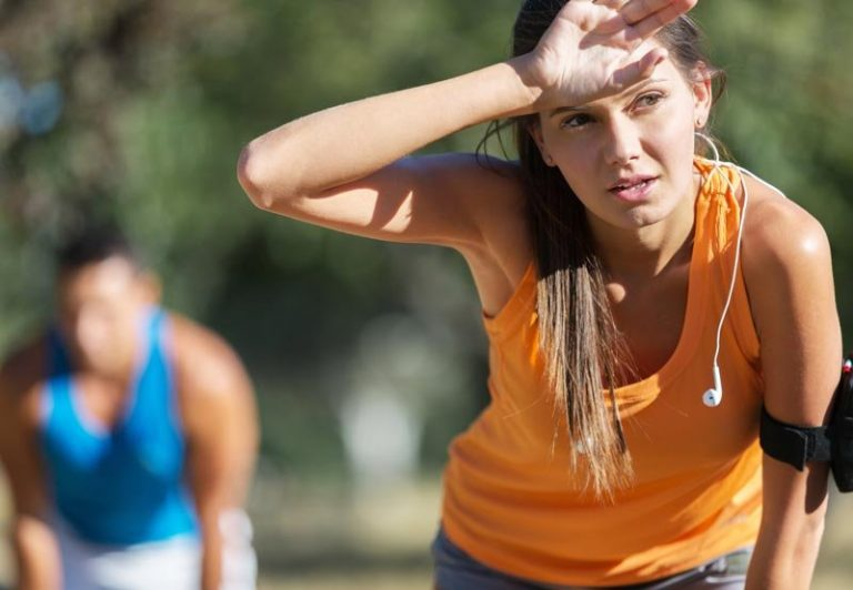 ¿Demasiado calor para hacer deporte? Consejos para escapar de la deshidratación y el golpe de calor